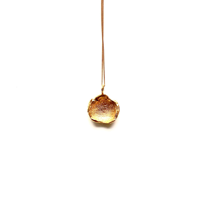 Flame medium gold necklace