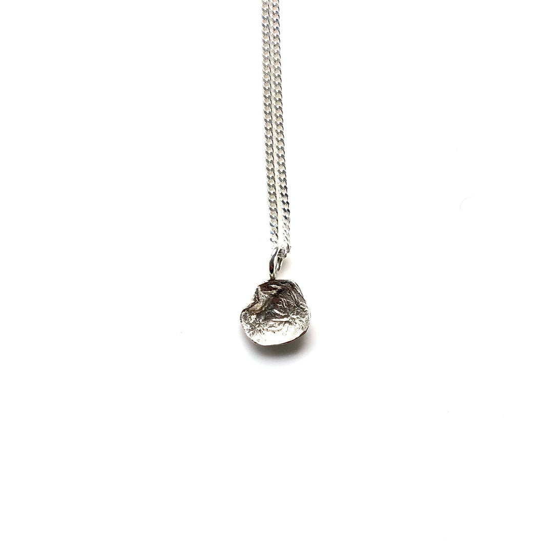 Flame mini silver necklace