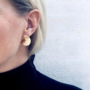 Flame mega gold earrings