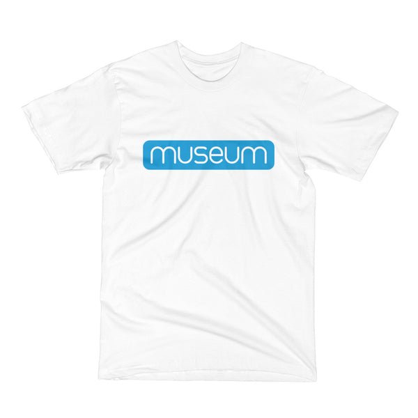 Museum Men's Solid Logo - T-Shirt
