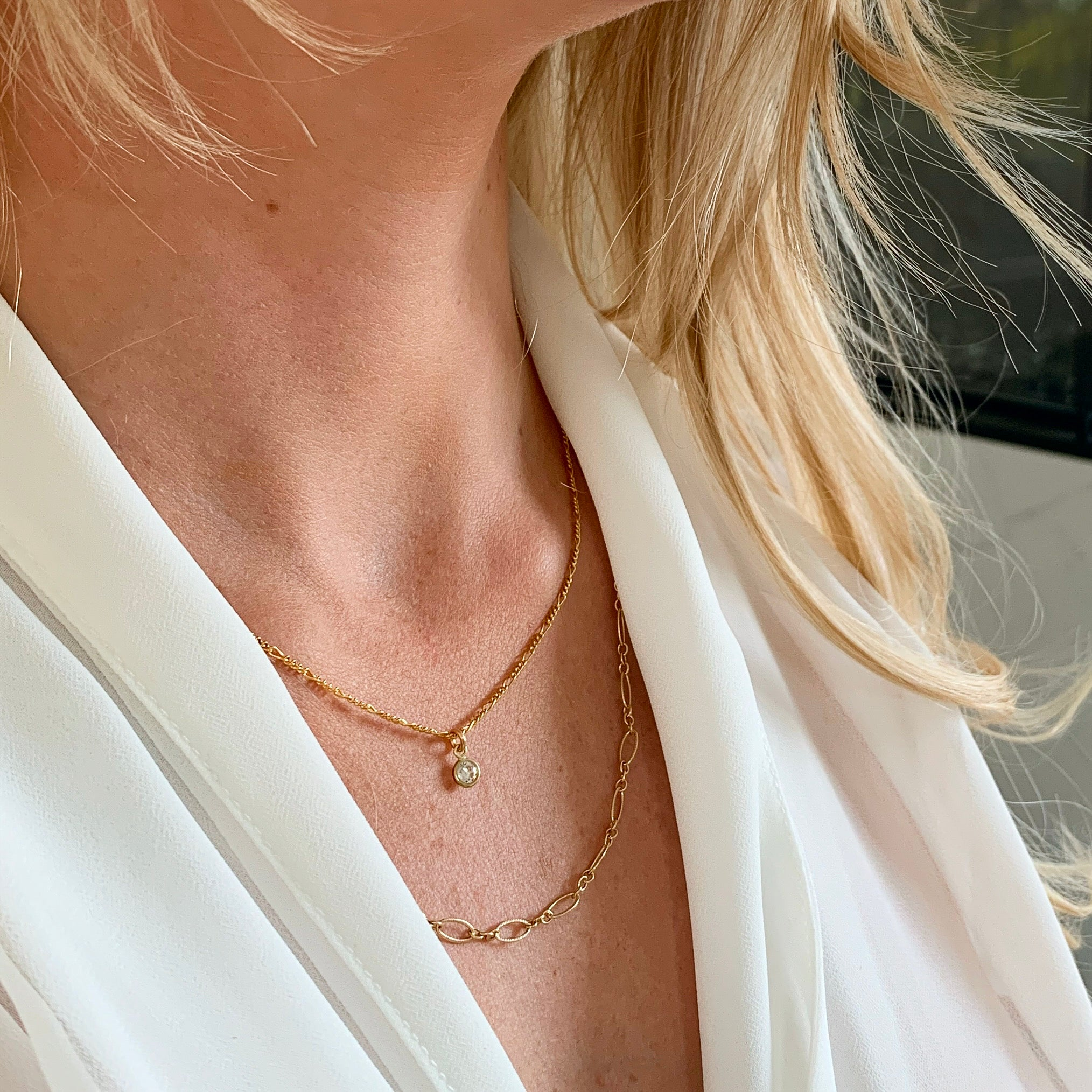 ROMANCE | GOLD FILLED CHAIN