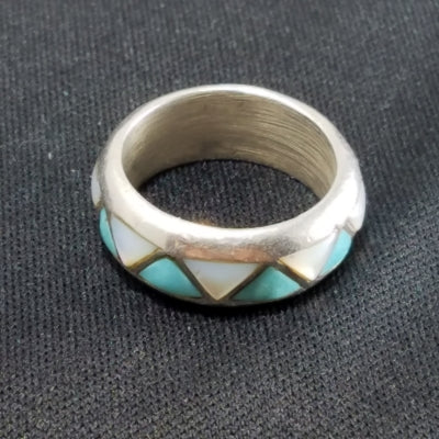 Vintage Sterling Turquoise and Mother Of Pearl Ring