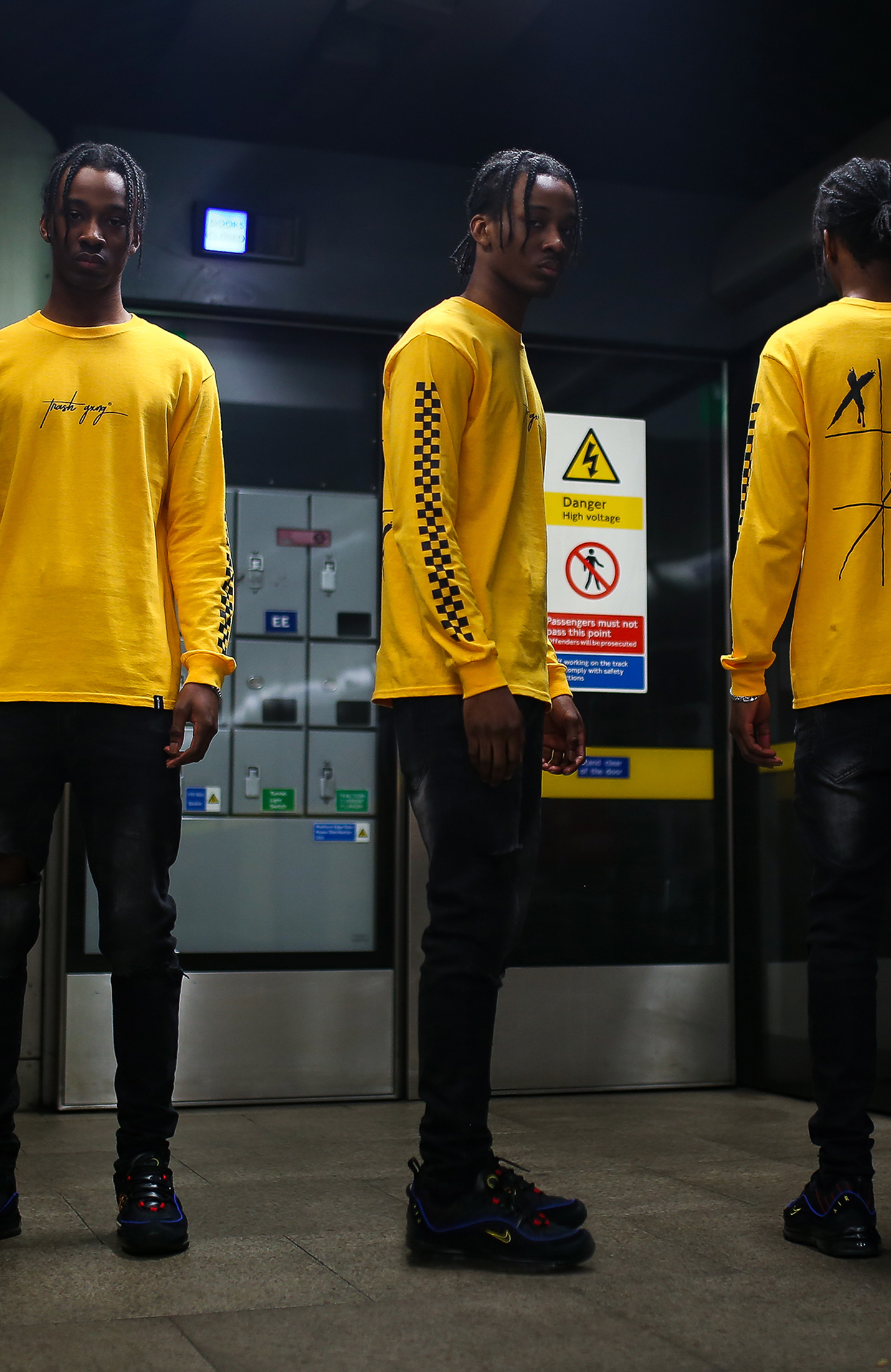 Yellow long sleeve - No Games