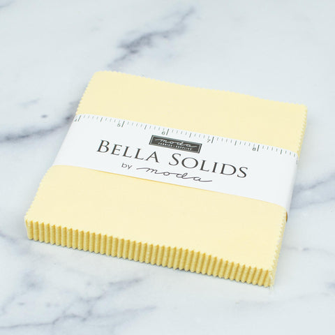 moda-bella-solids-charm-pack-5-x-5-baby-yellow-9900PP-31