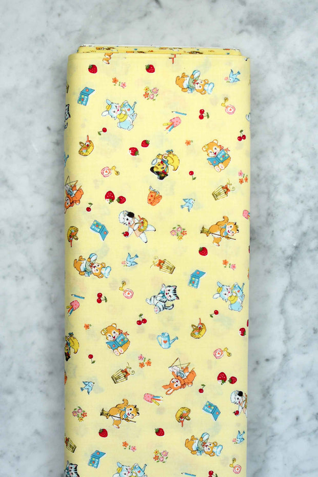 yuwa-atsuko-matsuyama-30s-collection-cute-animals-tiny-flowers-and-berries-yellow-AT826484-D