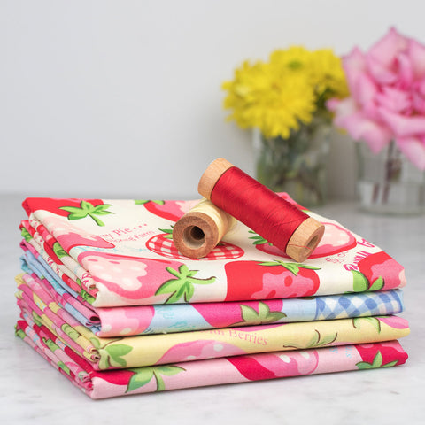 Yuwa Large Strawberries Fabric Bundle