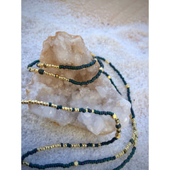 Aïda minimalist necklace with opaque topaz and golden tone - Nifty Sparkles