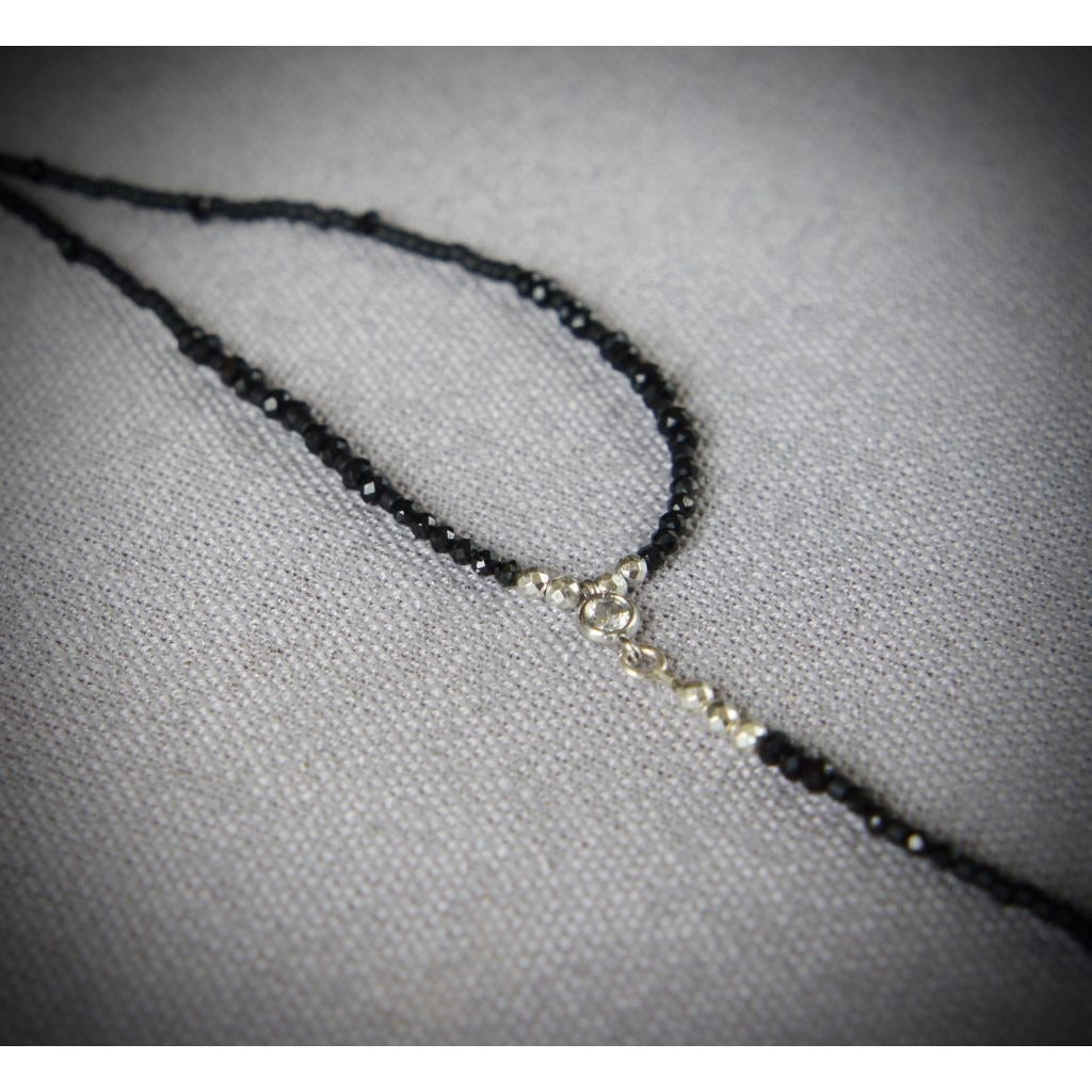 Agnes Minimalist Beaded Necklace - Nifty Sparkles