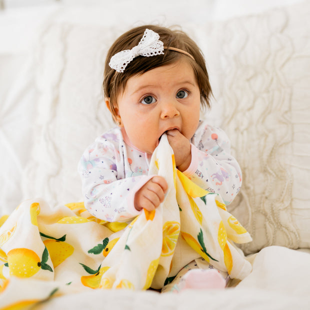 Baby Girl Clothes: girl eating lemon blanket