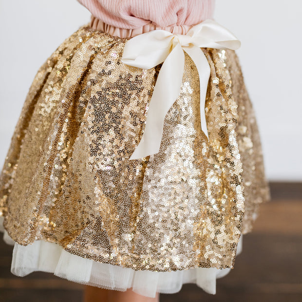 Baby Girl Clothes: close view on gold sparkle