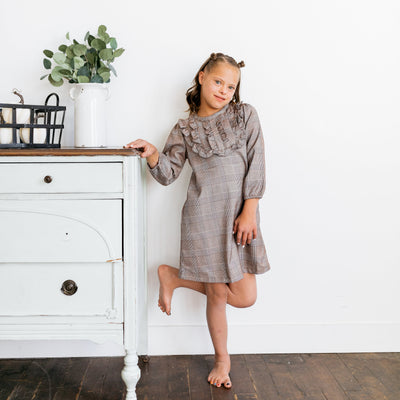 Baby Girl Clothes: popping leg up against the wall
