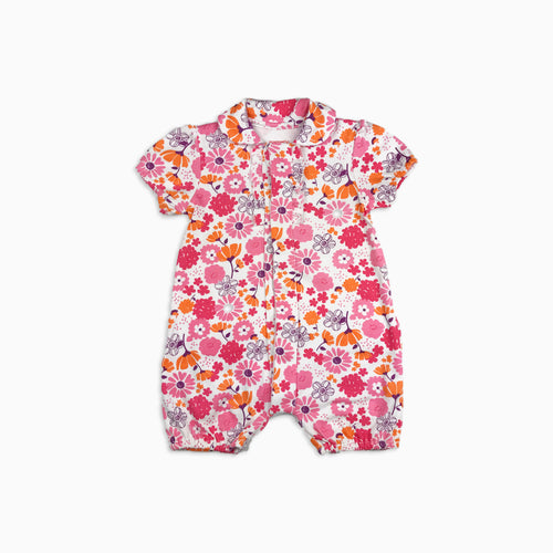 Baby Girl Clothes: magnetic flat lay