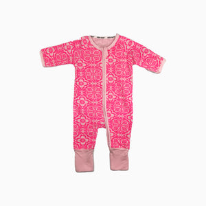 Baby Girl Clothes: pink flower on pajamas