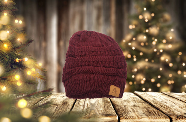 Cranberry - The exterior's cotton knit pattern helps keep those blustery chilly winds at bay while the interior's luxurious super soft fleece helps maintain body heat in a soothing comfortable way.