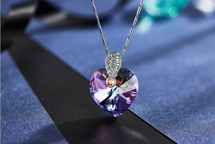 popular necklaces for girlfriends