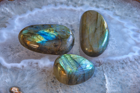 polished labradorite gemstones