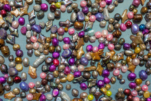 colorful freshwater pearl beads
