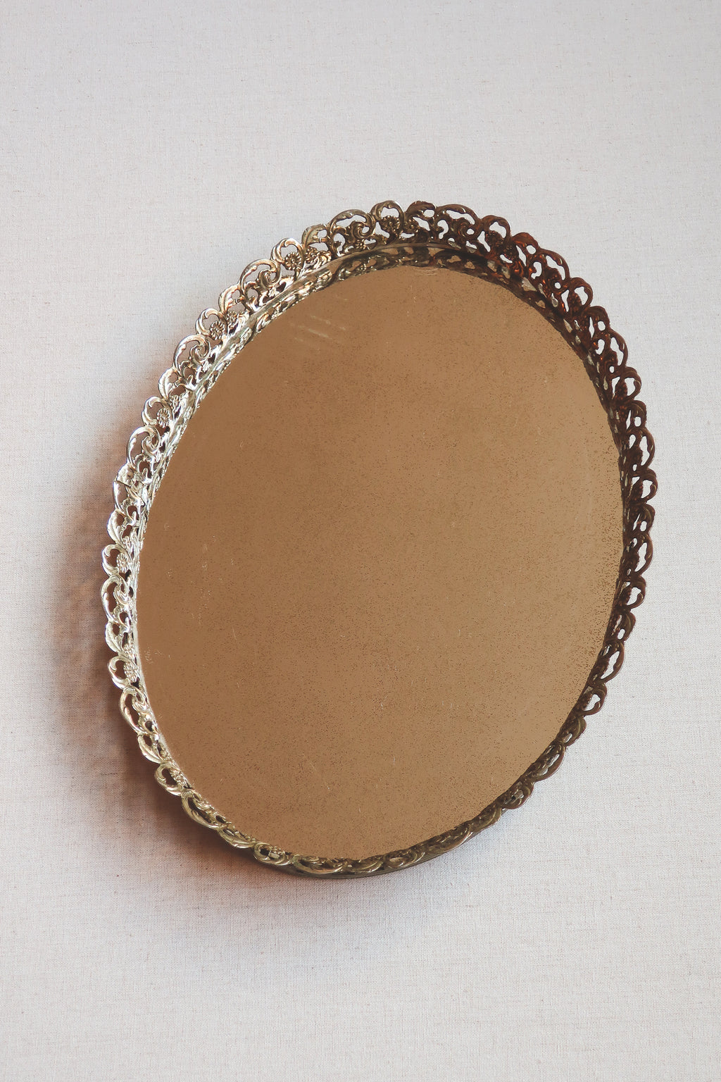 Vintage Oval Mirrored Vanity Tray Rental