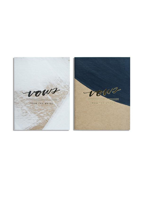 A set of vow books for a modern wedding from Moglea