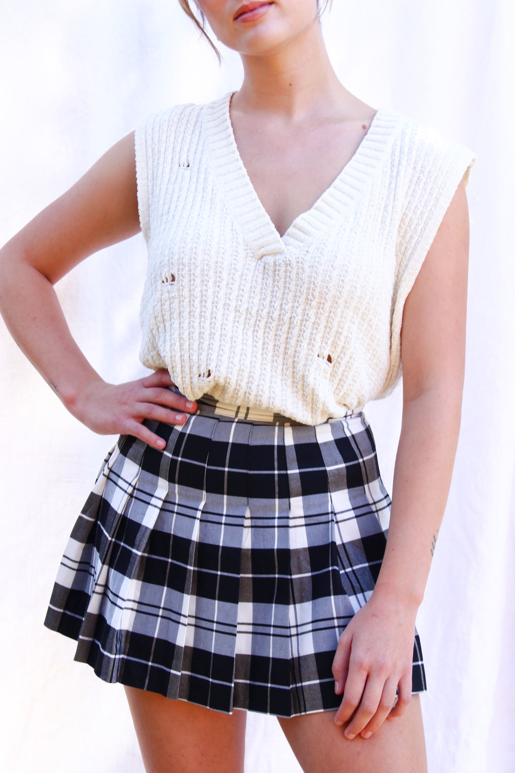 The Noelle Sweater Vest (Cream)