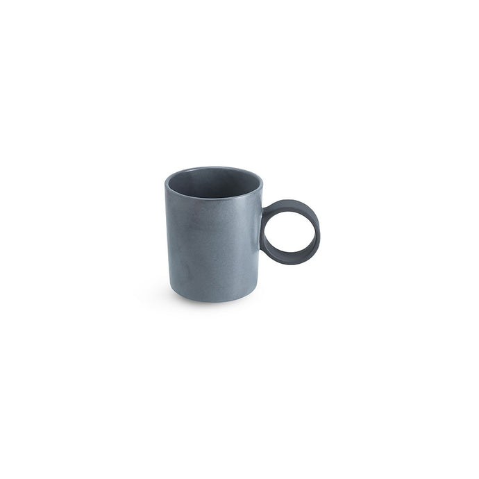 LAB mug frost on charcoal clay (round handle without line)