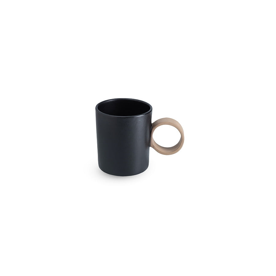 LAB mug black on brown clay (round handle without line)