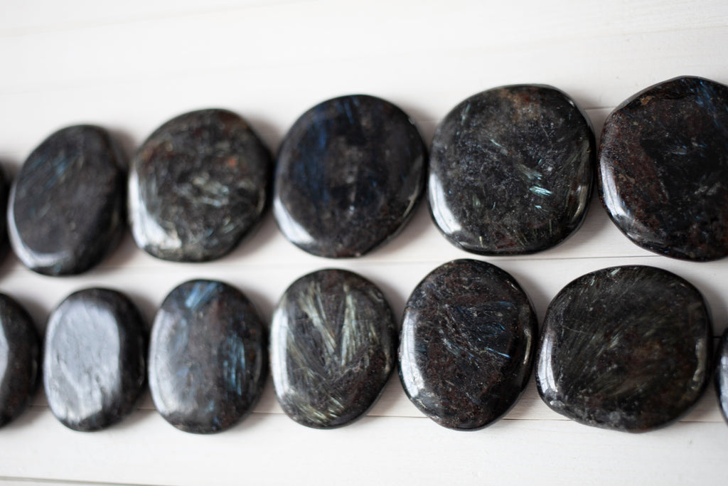 Arfvedsonite stones | Arfvedsonite is a beautiful and rare black stone.