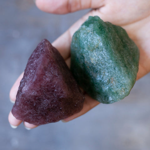 Tanzurine Pair, one red and one green