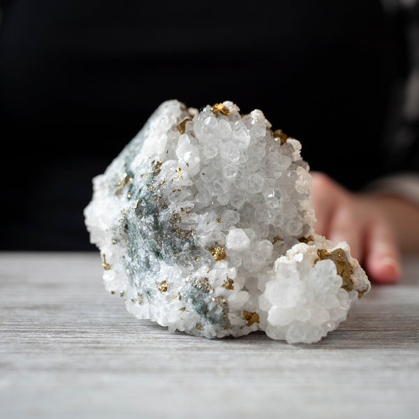 Chalcopyrite in Quartz with Dolomite