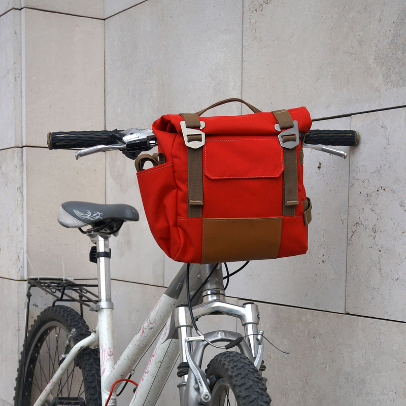 products/Hanldebar_Pannier_BUF_6L_Red_Brown2.jpg