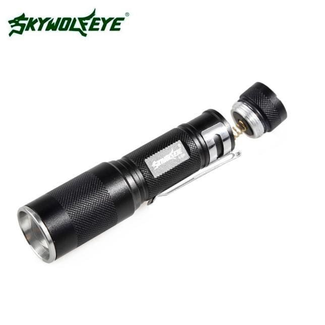 4000LM Zoomable XM-L Q5 LED Flashlight 3 Mode Torch Super Bright Light Lamp