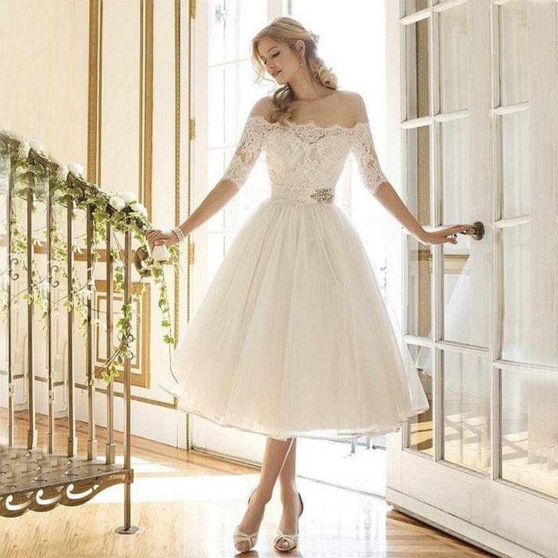 Elegant Luxury Lace Half Sleeve Lace Tulle Short Wedding Dress Bridal Gown