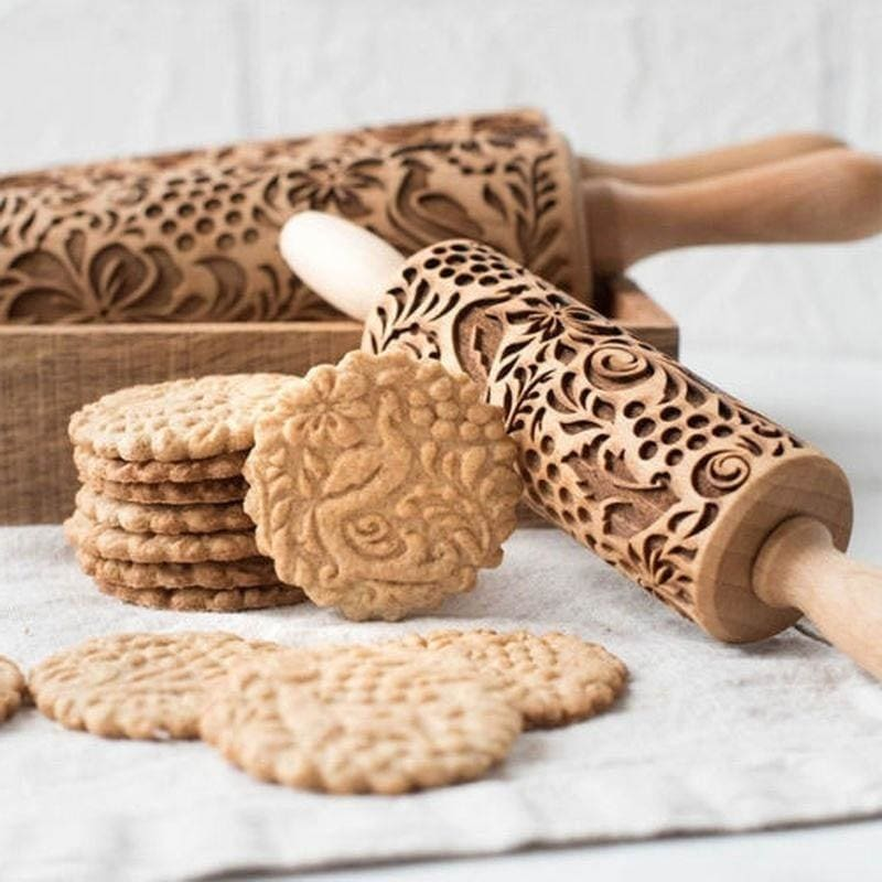 Baking Rolling Pin Heart Flower Fondant Pastry DIY Cookie Cake Decorating Mold