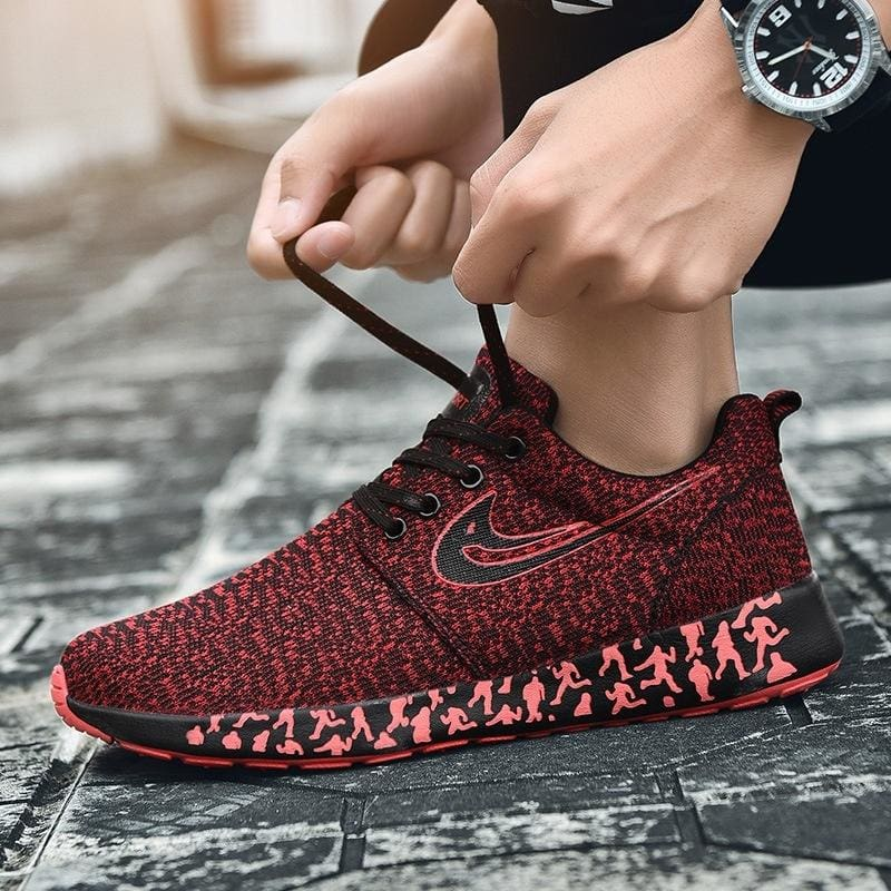 New Trend of Fashion Men's Shoes Breathable Flying Woven