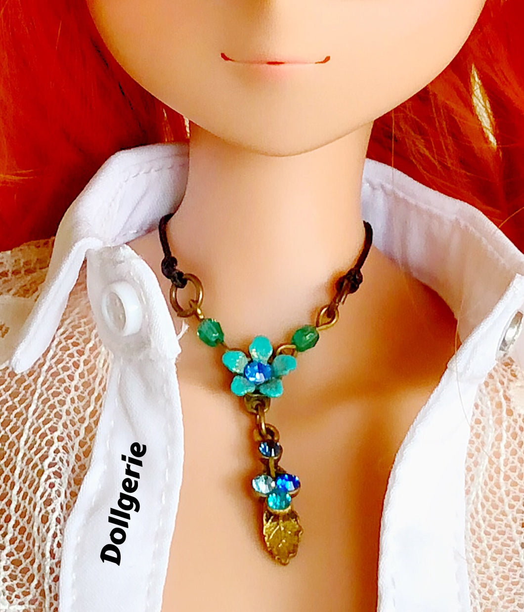Touch-the-Nature Floral Necklace