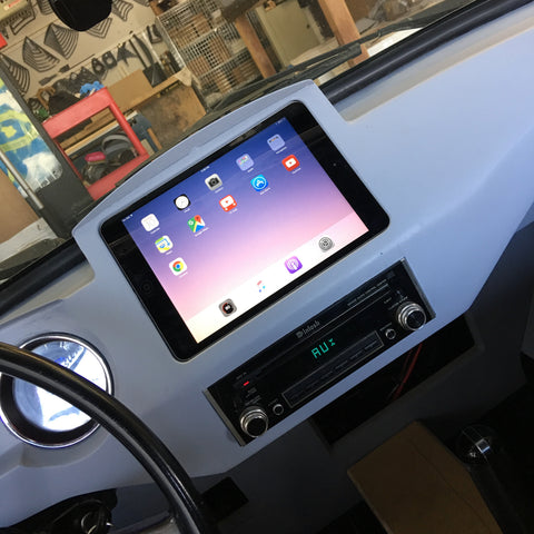 iPad dash kits