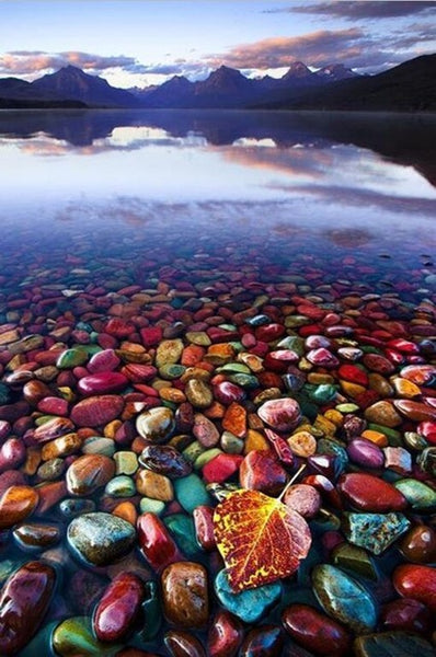 Diamond Painting Lake Colorful Stones - OLOEE