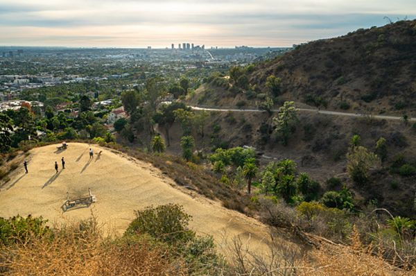 Runyon Canyon Off-leash Dog Hike