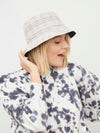 Check Reverse Bucket Hat-BEIGE