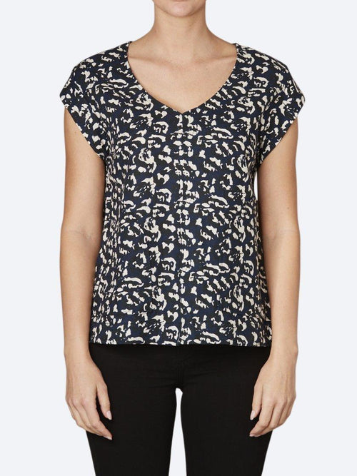 Yeltuor - LAYER'D - Tops - LAYER'D PRINT MALA TEE -  -