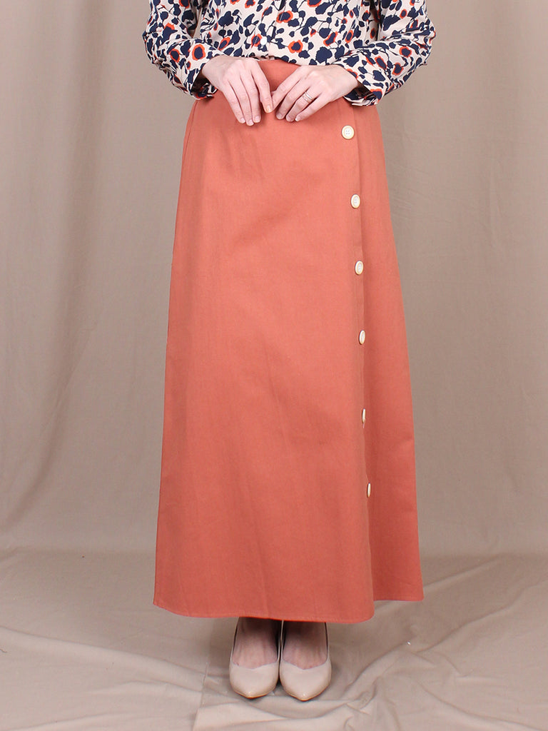 SIDE BUTTON SKIRT BS14