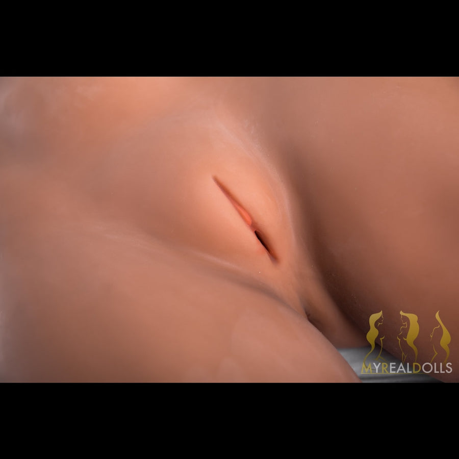Vera Sporty Hottie - MyRealDolls.com - Sex Doll, Realistic Sex Dolls