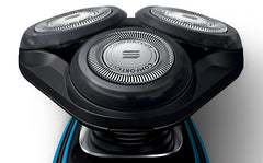 Philips AquaTouch Wet and Dry Electric Shaver - S5050/06