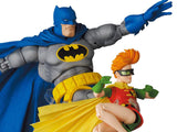 (Preorder)Batman: The Dark Knight Returns MAFEX No.139 Batman (Blue Ver.) & Robin