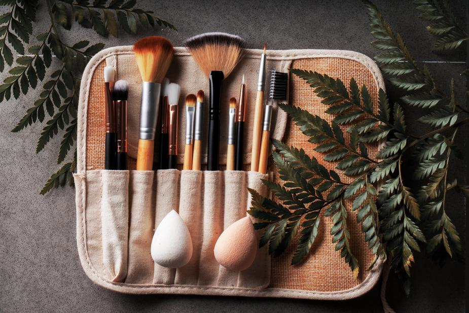 Bamboo Make Up Brushes Up