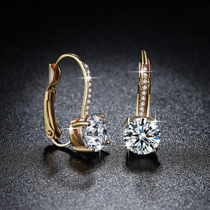 M Golden Four-claw Round Shiny Earrings
