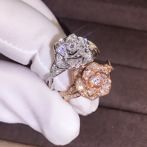 M 【Buy 1 Free 1】Rose Gold Flower Luxury Ladies Ring