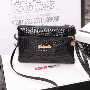 E Women's crocodile diagonal cross bag【Cash On Delivery】 - Yinaje