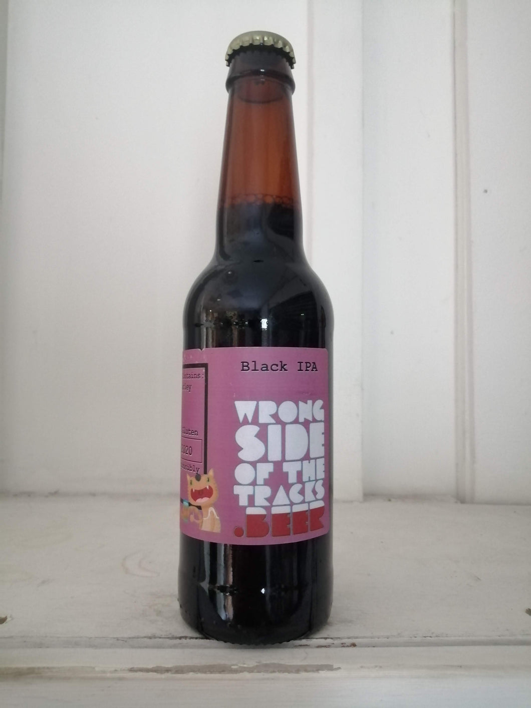 Wrong Side Of The Tracks Black IPA 6.6% (330ml bottle)