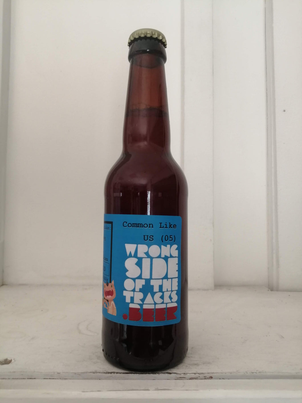 Wrong Side Of The Tracks Common Like US (05) 4.8% (330ml bottle)